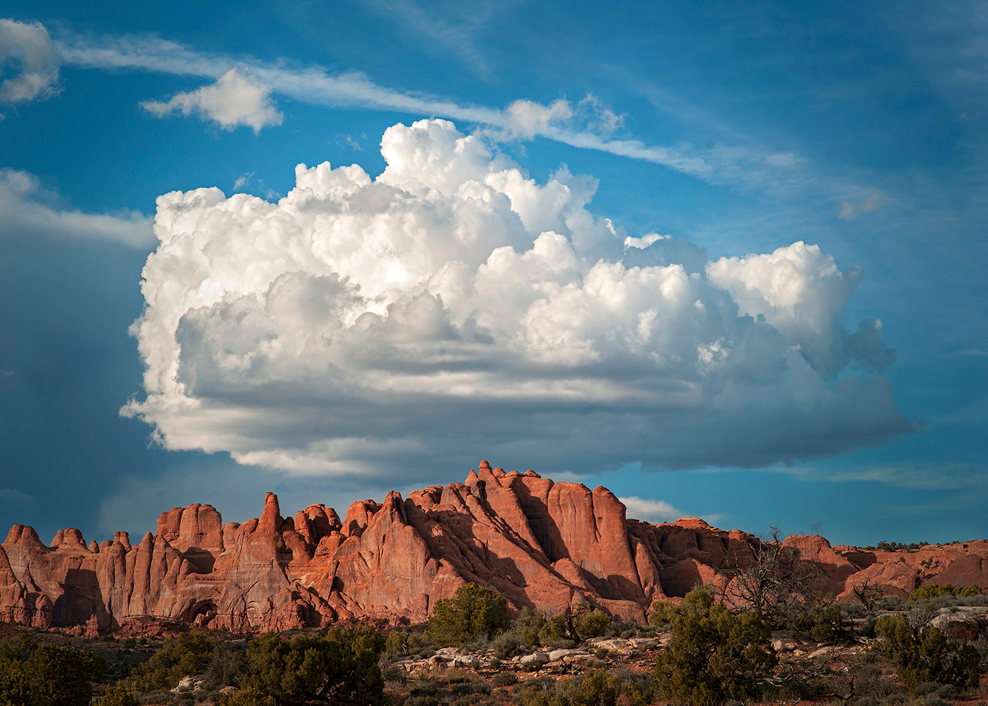 CANYONLANDS CLOUDS AND SPIRES